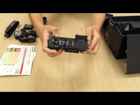 Unboxing the new Lumix DMC-GX8