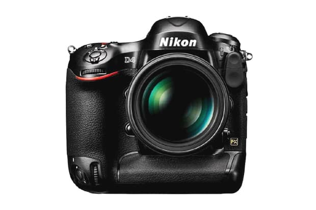 Nikon D4 Reviews