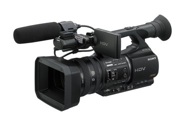 HVR-Z5U Review and Price