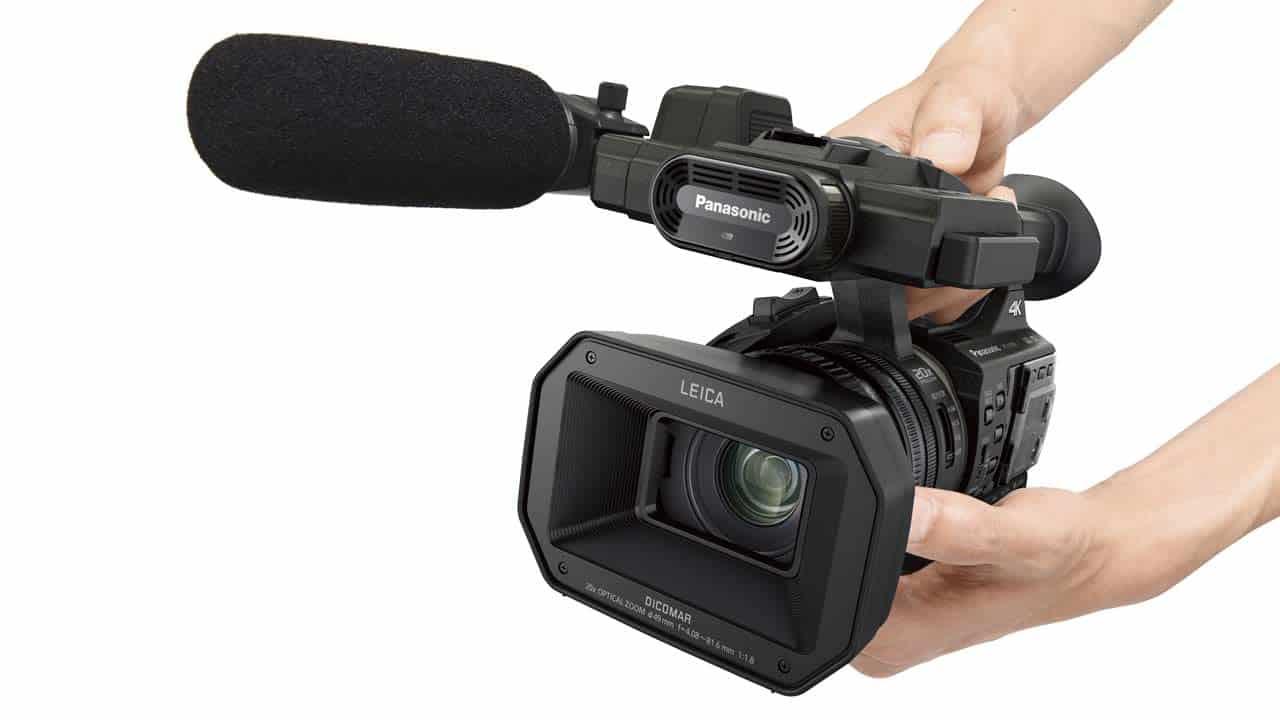 : Der HC-X1000 ist ein echter Henkelmann mit 4K-Auflösung