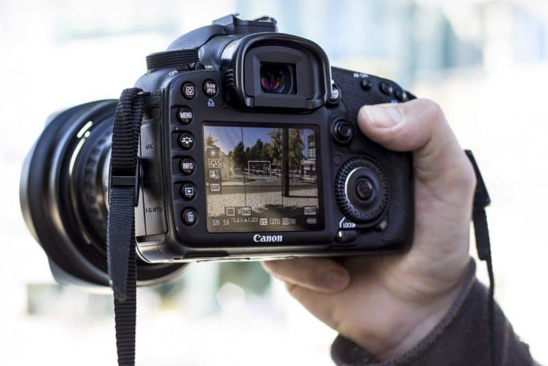 Choose DSLR: 3 Advantages for Making it Your Camera of Choice