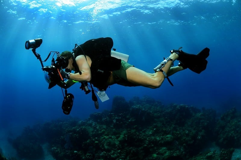 underwater photography accessories, camera accessories, underwater photos